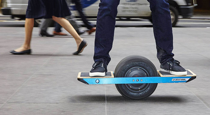 Onewheel est l'alternative skateboard au monoroue.